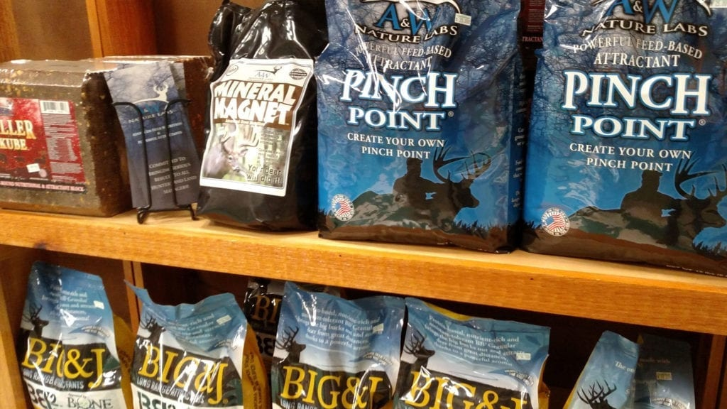 pinch-point-attractant